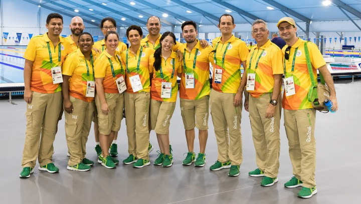 2016-08-04-volunteers-rio-thumbnail